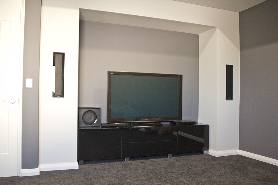 tv alcove bulkhead feature